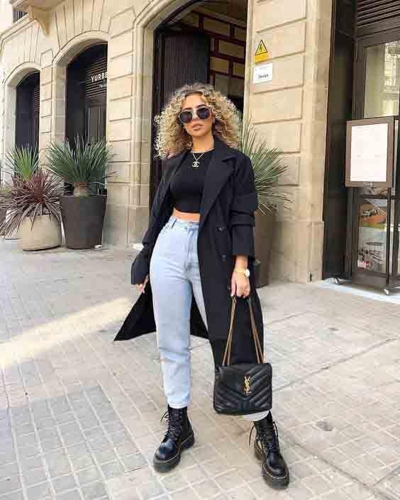Look elegante e atemporal com coturno e calça jeans