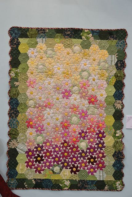 From Tokyo International Quilt Festival 2012 D3_171 by Luana Rubin, via Flickr