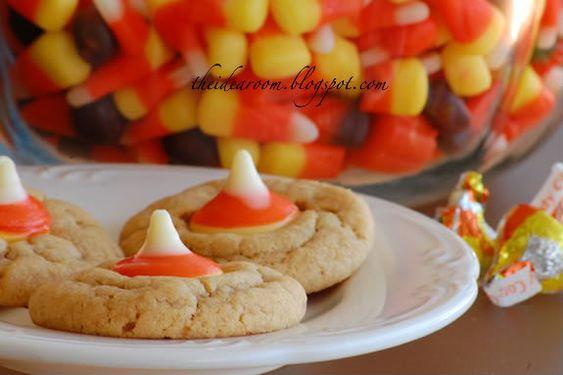 Candy Corn Cookie Recipe via Amy Huntley (The Idea Room) #Halloween