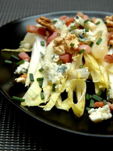 Salade de chicons, lardons et poires