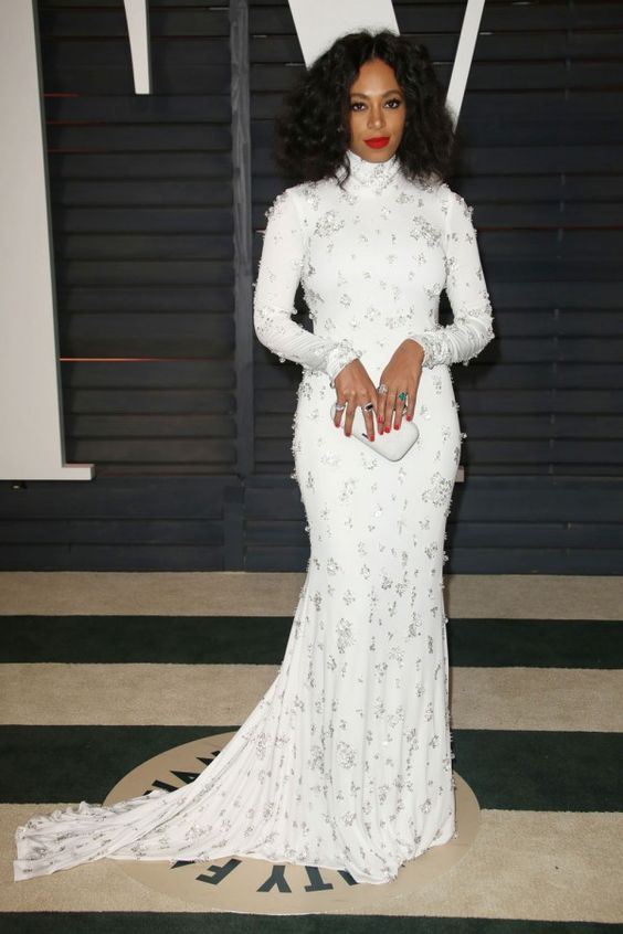 solnage-knowles-white-dress.jpg (600×900)