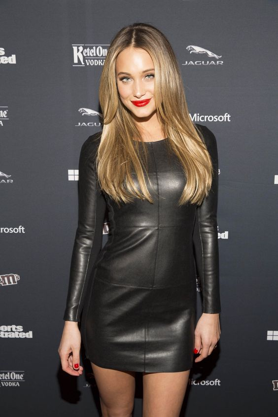 Hannah Davis #BLONDES IN BLACK leather dress