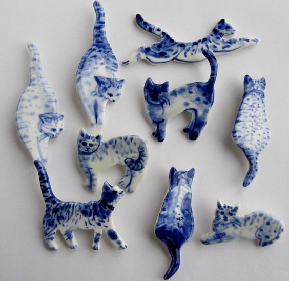 Handpainted Delft porcelain Brooch Cat by Harrietsblueandwhite