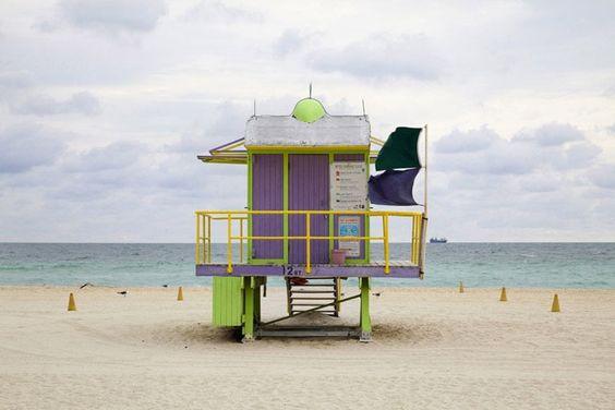 iGNANT - Miami Houses by Léo Caillard