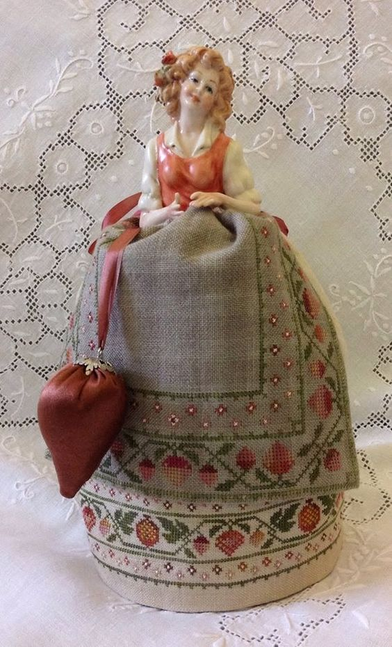 Armonie: Monica - An Italian Capodimonte Pincushion doll by Giulia Punti Antichi