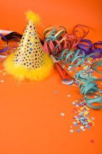 DIY Party Hats | eHow.com