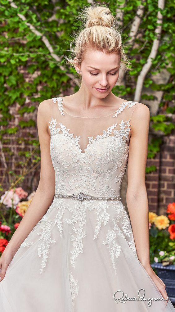 Gorgeous Wedding Dresses that Won't Break the Bank