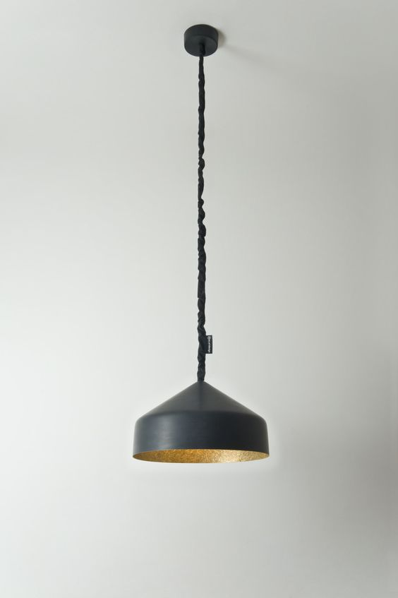 Cyrcus Lavagna by INSE ART DESIGN is a playful pendant lamp with a blackboard finish, perfect to write daily messages