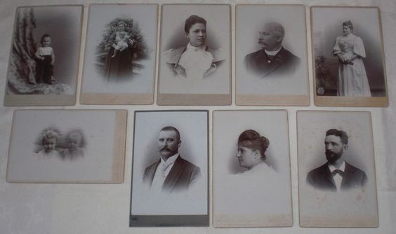 CAB Foto Art Lot van 9 Kabinet Foto's Pioneer Fotografie uit Nederlands-Indië Voor de Collector 9 x Historische foto's op karton van rond 1895 ongeveer 16,6 x 10,8 Tekenen van ouderdom, goede algemene conditie - zie foto's