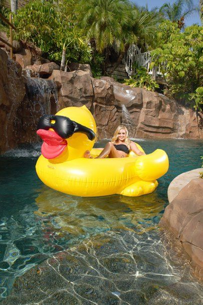 Amazon.com : NEW FOR 2016 GAME 5000 Giant Inflatable Pool Floating Riding Derby Duck w/Cup Holders and Straps (Floatie Lounge for Adults and Kids, Larger than Swan) : Patio, Lawn & Garden: