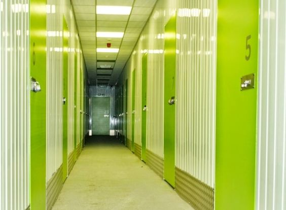 #SelfStorage Kickerplate on High Gloss Walls with Flat Plastisol Swing Doors