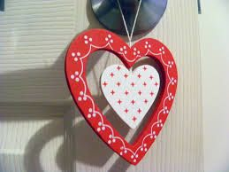 wooden hearts -