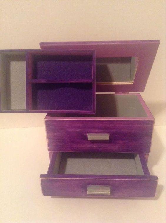 Twilight Saga EclipseDistressed style Wood jewelry box wmirror