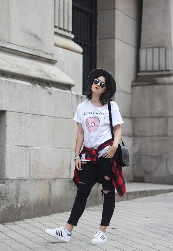 look con adidas superstar y camiseta adlescent clothing donut streetstyle myblueberrynightsblog: