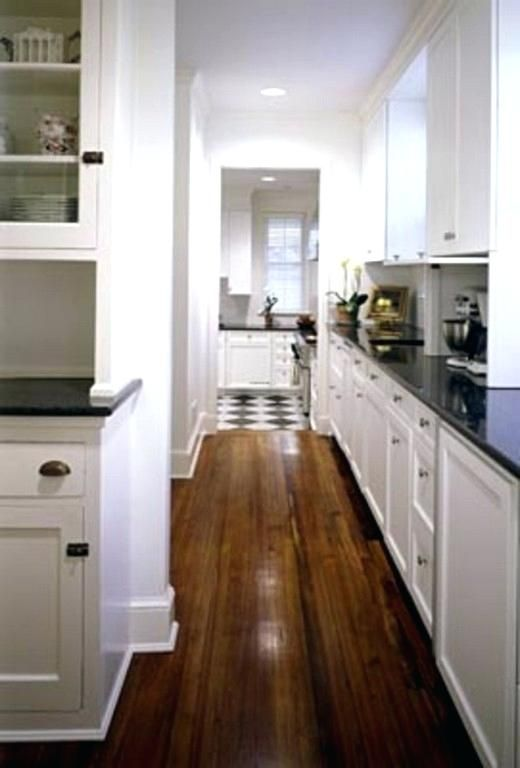 Image Result For Butlers Pantry Vs Walk In Pantry Pantry Design Kitchen Design Traditional Kitchen