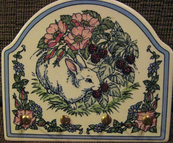 Handbemalte Keramik Fliese wichtige Rack-Bunny im von rungirl50