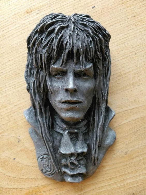 Goblin King Sculpture 6 inch plaque/David Bowie - Labyrinth - Goblin King - Jareth - Movie