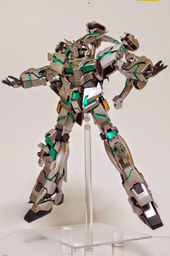 MG 1/100 Gundam Unicorn Unit 4 Donnergott Tor Custom Build