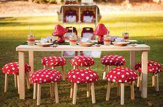 Festa Branca de Neve/ Festa Menina/ festa infantil/ decoração vermelha jardim/ snow white party
