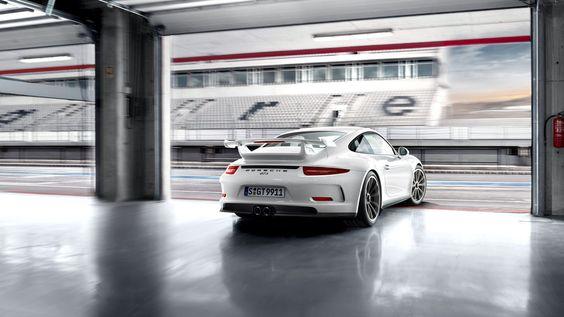 Porsche 911 GT3 Wallpaper HD 1366×768 Wallpaper