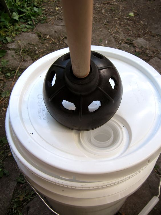 toilets diy camping and buckets on pinterest. Black Bedroom Furniture Sets. Home Design Ideas