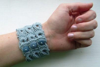 ...: Bracelet Tutorial, Broomstick Lace Crochet, Crochet Pattern, Crochet Bracelet, Lace Bracelet