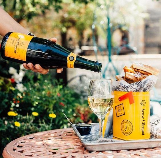 It's raining champagne with us this weekend... @VeuveClicquotUK http://bit.ly/1GwphH0
