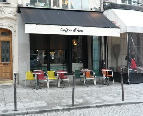 Retractable Awning For Coffee Shop Retractable Awning Shop Awning Awning