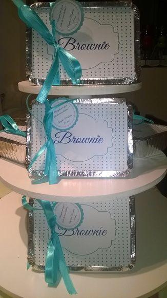 Marmita de brownie personalizada para casamento,aniversário. Personalizamos a tampa como o cliente desejar, bem como as cores de fita e tag. Sabores variados consulte.