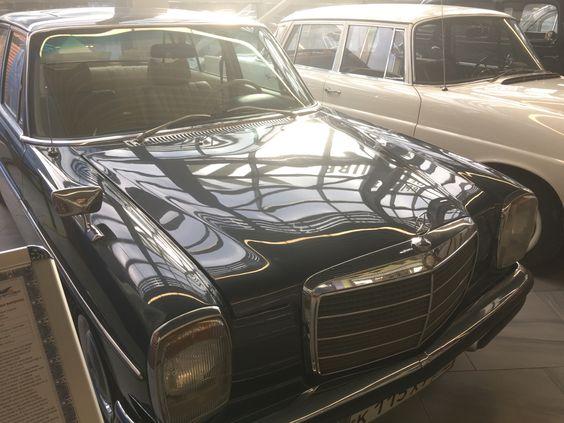Мерседес 115 200D 1973 года