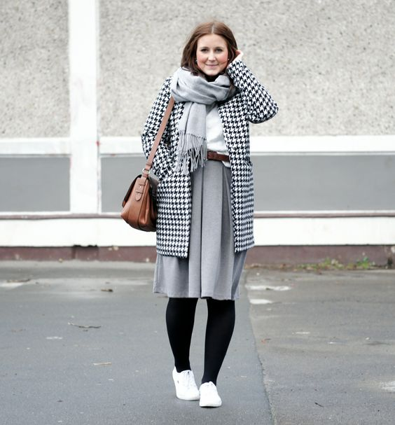 houndscheck coat grey midiskirt winter look outfit fashionblog