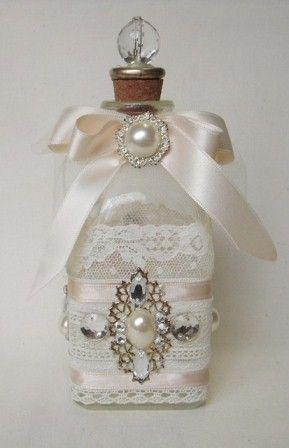 Botella decorada en estilo shabby chic luxury interior - Estilo shabby chic manualidades ...