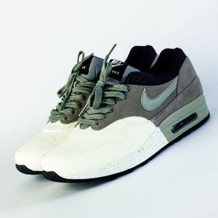 Nike Air Max Nike Womens ShoesSneakers