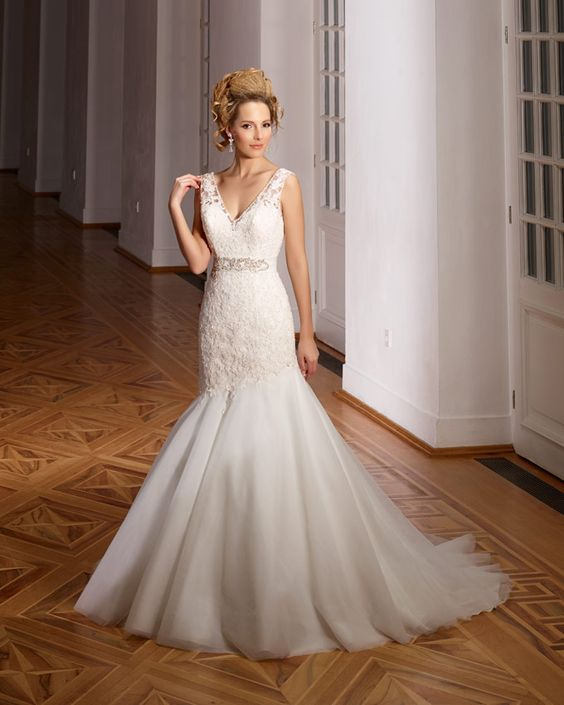Dress: 4212  Available Colors:  in Ivory/Ivory or White/White  Material: Lace/Tulle  Available sizes: EU 32-64                          UK 6-38                          USA 2-34