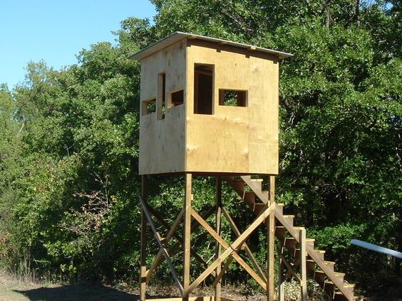 Homemade deer blinds homemade hunting blind page 2 for Building deer blind windows