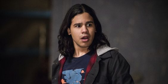 Carlos Valdes aka Cisco Ramon to leave CW's The Flash
