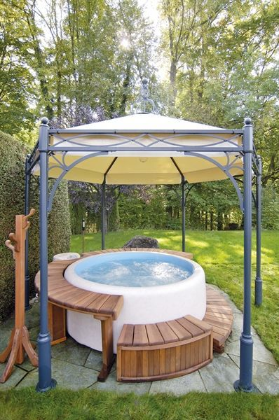 Inflatable Hot Tub with Raised Platform