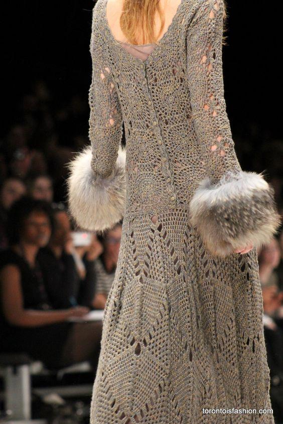 Y para terminar por hoy os dejo aquí los vestidos de crochet de LINE Knitwear de la coleccion 2012. Son los vestidos más bonitos...