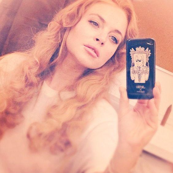 Lindsay Lohan volta ao trabalho após rehab e posta foto no Instagram