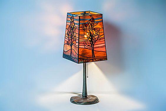 Lámpara de vidrio. Basado en Egon Schiele por StainedGlassPL