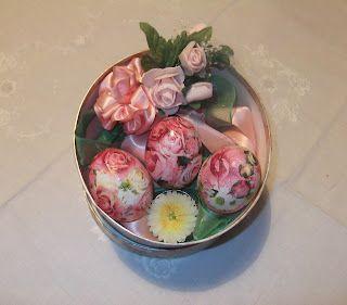 Uova e fiori: un po' di decoupage - Eggs and flowers: my decoupage