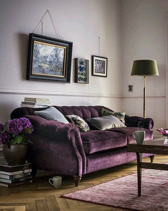 "Polubienia: 1,442, komentarze: 12 – Nana Nikolaidou (@nananikolaidou) na Instagramie: ""#violeta_colors #sofa #purple #lovely #sitting_room #lampligtstand #floor #wood #gorgeous…"""