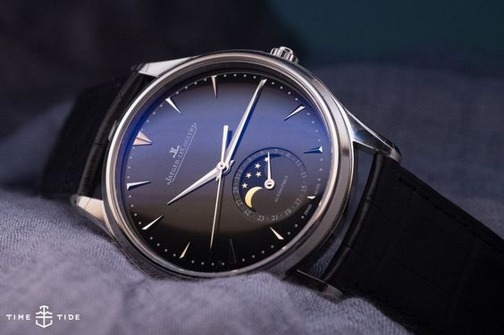 Jaeger-LeCoultre Master Ultra-Thin Moon (in black)