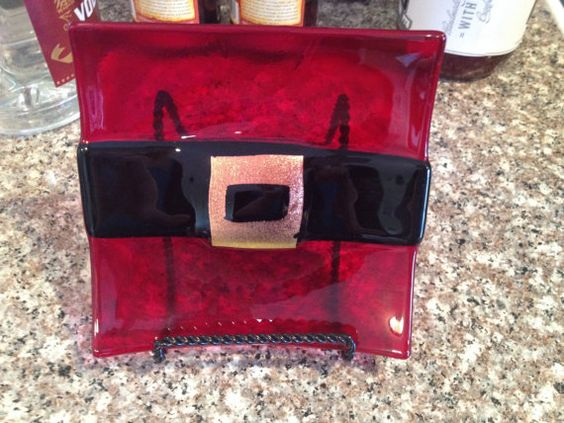 Fused glass Santa Claus belly dish by fusedglassbyjemima on Etsy, $25.00