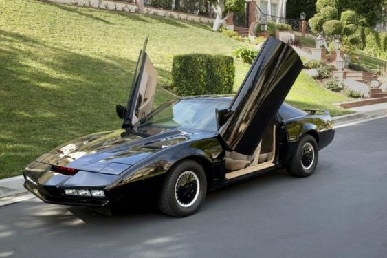 David Hasselhoff's Personal Knight Rider KITT Pontiac Firebird auctioned for $152K!