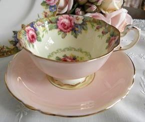 lovely rose teacup: