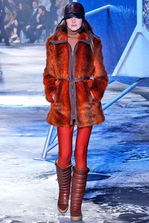 You'll Want Everything From H&M's New Fall Line #refinery29  http://www.refinery29.com/2015/03/83321/h-m-paris-fashion-week-show-review-fall-2015#slide-11  ...