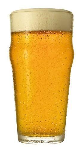 Cerveja ESTE COOPO NÃO INSINUA NADAA Á SÓ ILUSÃO DE OTICÁ ..TENDEU AAH NÃO;..... ENTÃO PÕE O OCULOS E FICA NÚ DIANTE SO ESPELHO