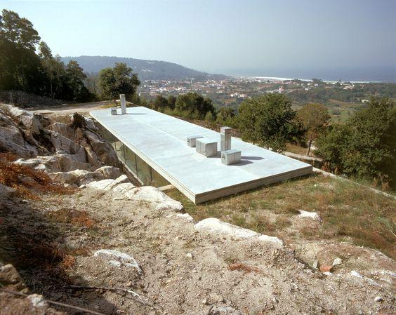 Eduardo Souto de Moura -  House in Moledo, 1998 - SUBTILITAS