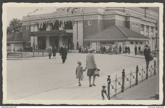 The Pavilion, Bournemouth, Hampshire, c.1940s - Agfa RP Postcard